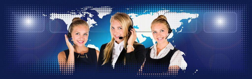 call center, headset, woman-2275745.jpg